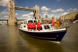 At last – help to make sense of London…and how about Xmas carols at Kensington Palace?