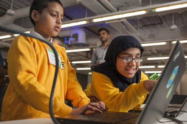 Canary wharf group leads code club campaign to help 600 local children learn to code