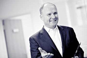 Paul Thomas, Executive Director At Earthport.