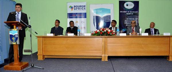 Mr. Rinsy Ansalam, Managing Director and CEO of Bourse Africa Limited - Mr. K. B. Nowbutsing, Senior Lecturer, SAFE, UTM - Dr. Hemant B. Chittoo (CMILT), Ag. Director General of UTM - Dr. Kesseven D Padachi, Head of SAFE, UTM - Mr. Sulliman Adam Moollan – Director, Bourse Africa - Mr. Ranapartab Tacouri – Director, Bourse Africa.