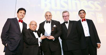 Asian Business Awards 2014 (L to R Vijay Patel, Mr Solanki, Dr Nanda, Michael Gove MP, Bhikhu Patel)