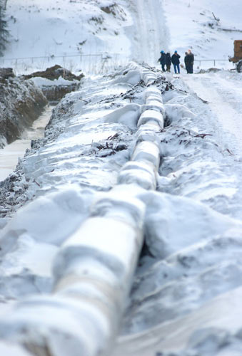 Winter Pipeline Construction