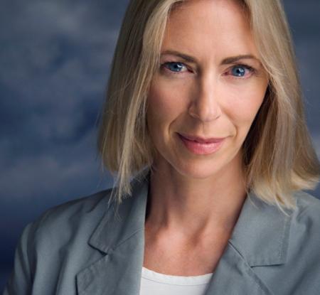 Linda Davies