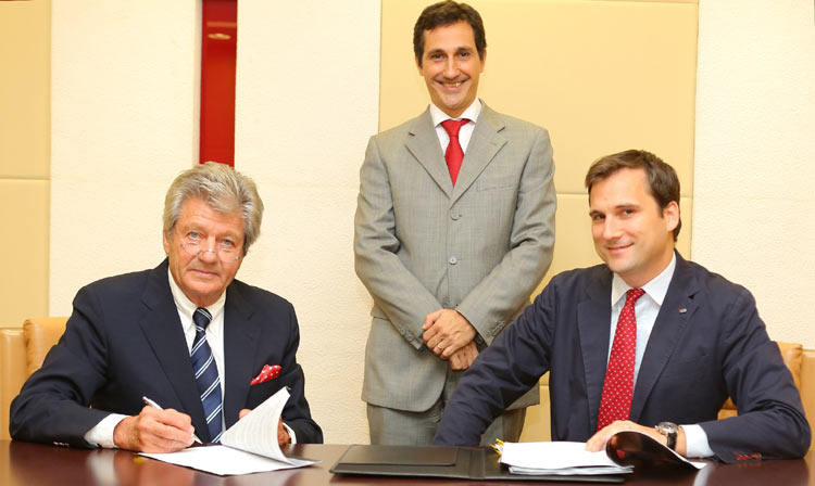 L-R Patrick Choffel, Chief Executive Officer of Oman Insurance, Massimo Falcioni, CEO, Middle East Countries, Coface & Gregory Le Henand, Coface Emirates, Country Manager