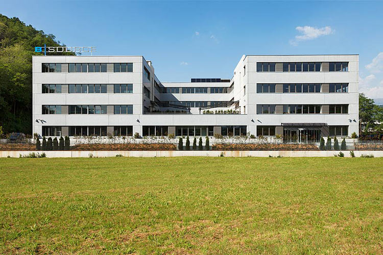 BIL SUISSE Signs Outsourcing Contract With AVALOQ'S SWISS BPO Centre
