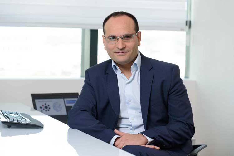 David Avgi