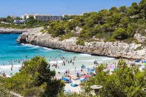 WELCOME TO SPAIN – HOLIDAYS DON'T GET EASIER THAN THIS