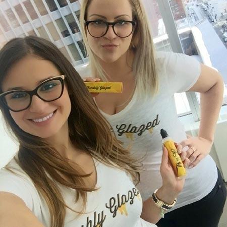 Gilla marketing team members Milka Subotic and Tamara Radocaj