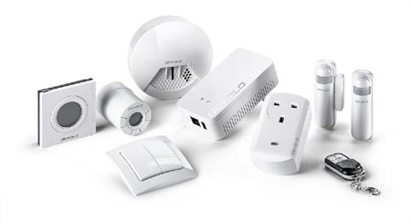 DEVOLO EXPANDS SMART HOME TECHNOLOGY RANGE HOME CONTROL WITH TWO NEW COMPONENTS-1