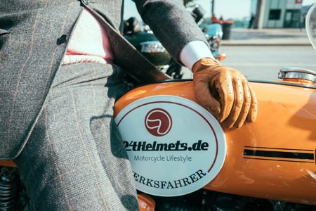 GERMAN-BASED 24HELMETS.DE REAPS REWARDS OF E-COMMERCE SOLUTIONS FROM SIX PAYMENT SERVICES