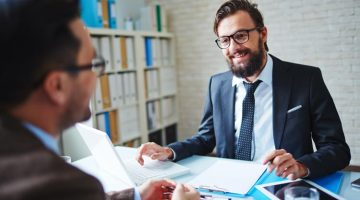 4 REASONS WHY YOU SHOULDN'T HIRE A FULL TIME CFO