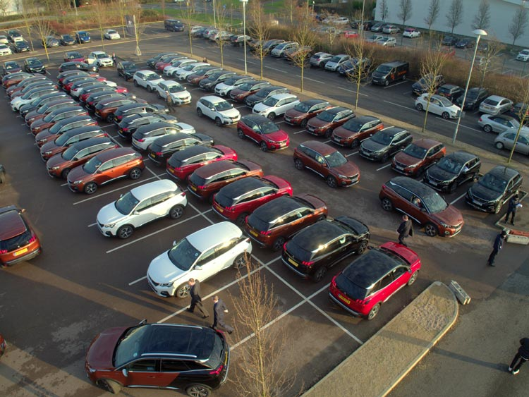 Peugeot 3008 Drive Away Parked-2