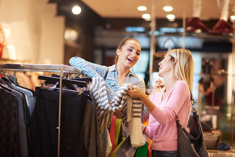 THE MIDDLE EAST EYES THE LUXURY SHOPPING TOURISM CROWN