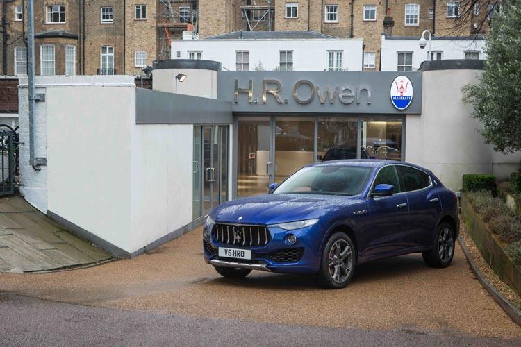 HR-Owen---Maserati-forecour