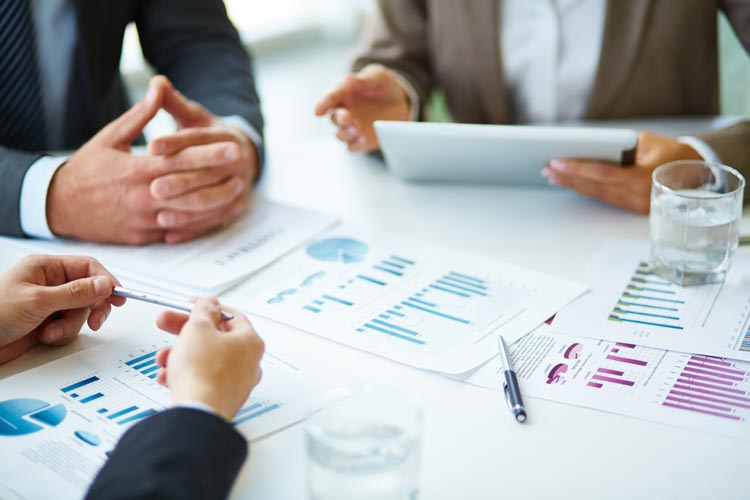 """CFOS AREN'T READY FOR A """"SELF-SERVICE"""" REPORTING ERA DUE TO SPREADSHEET-SPIRAL™, NEW RESEARCH REVEALS"""