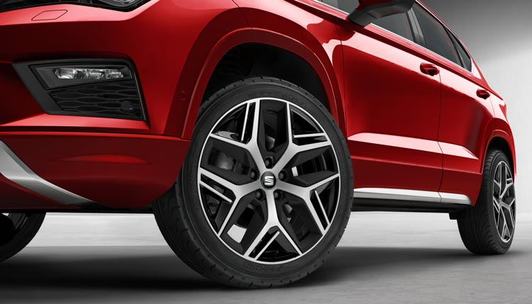 SEAT ANNOUNCES UK PRICING AND SPECIFICATION FOR NEW ATECA FR