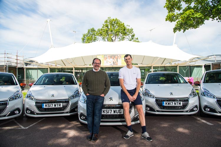 VOLLEY OF PEUGEOT 208 MODELS ARRIVE AT THE HOME OF BRITISH TENNIS THANKS TO JAMIE MURRAY-2