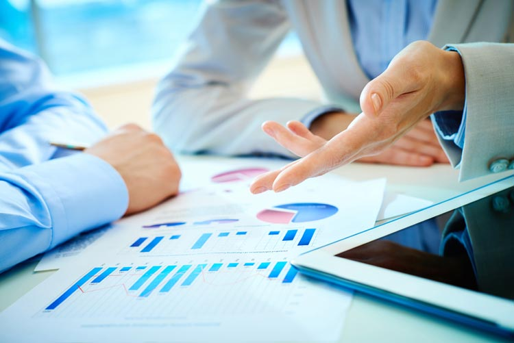 U.S. BUSINESS EXECUTIVES TEMPER STRONG OPTIMISM ON ECONOMY, AICPA SURVEY FINDS
