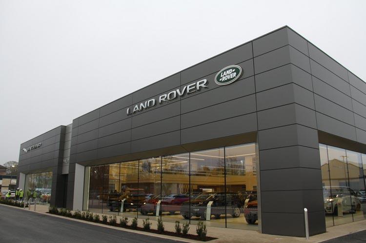 Exterior Land Rover Marshall