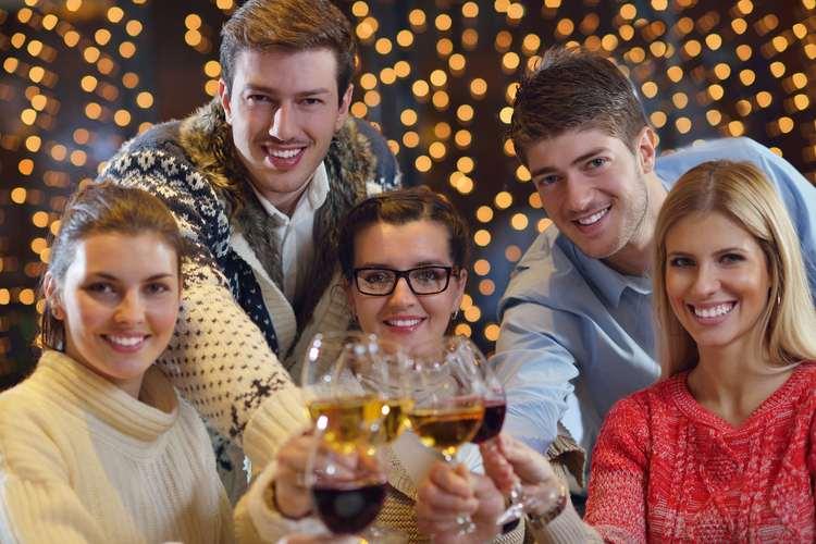 MODERN MILLENNIALS: 18-34'S SPLASHING OUT ON FANCY DINNERS OVER FLAT DEPOSITS