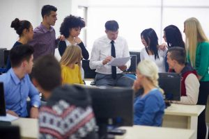 HOW UNIFIED COMMUNICATIONS BENEFITS EMPLOYERS AND EMPLOYEES ALIKE