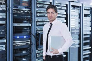 8 MAJOR BENEFITS OF CLOUD TECHNOLOGY FOR CLIENT LIFECYCLE MANAGEMENT