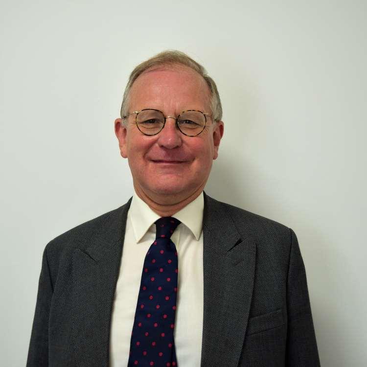 Dr. Julian Critchlow