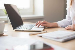 13 TIPS TO LOOK PROFESSIONAL WHEN INTERVIEWED ON SKYPE