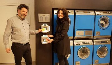 CONTACTLESS-ONLY READERS MAKE LIFE SIMPLER AT VENDING MACHINES