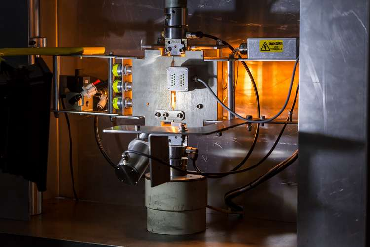 Impression Technologies' Hot Form Quench™ (HFQ®) press in action
