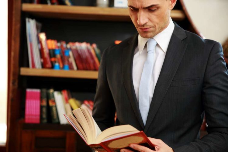 10 Life changing books that can shape your thinking
