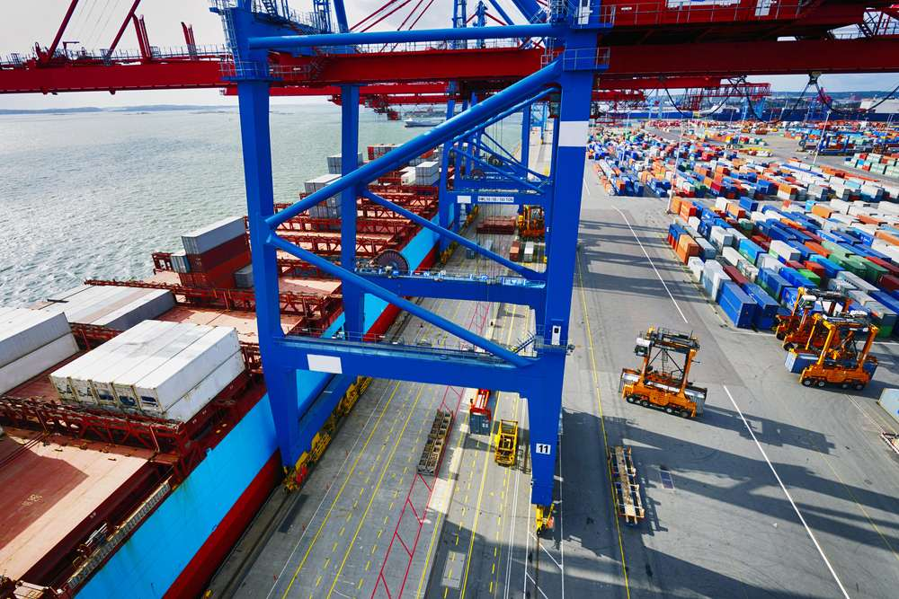 UK EXPORTERS SEE MIXED PICTURE AMID GLOBAL UNCERTAINTY