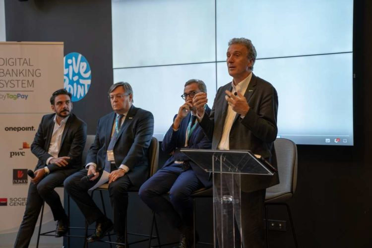 From left to right Henri-Pierre Druaut, Partner Onepoint Hérvé Manceron COO & Co-founder TagPay Alexandre Maymat, Head of Africa, Mediterranean & Overseas at Société Générale Yves Eonnet, CEO & Co-founder TagPay