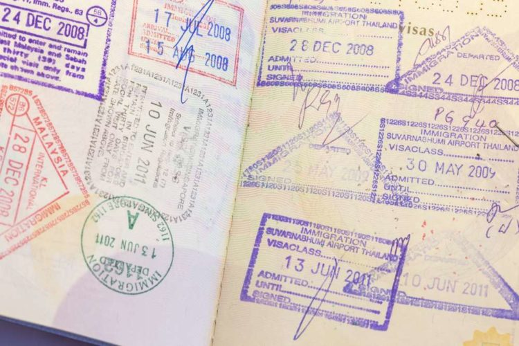 What is a Passport Card Know the Correct Essentials Right Away