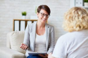 How to become a counsellor