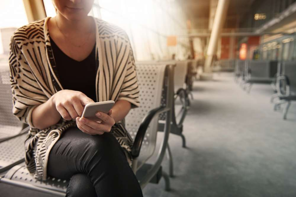 The latest survey reveals financial services risk data security breaches when staff use insecure free instant messaging apps
