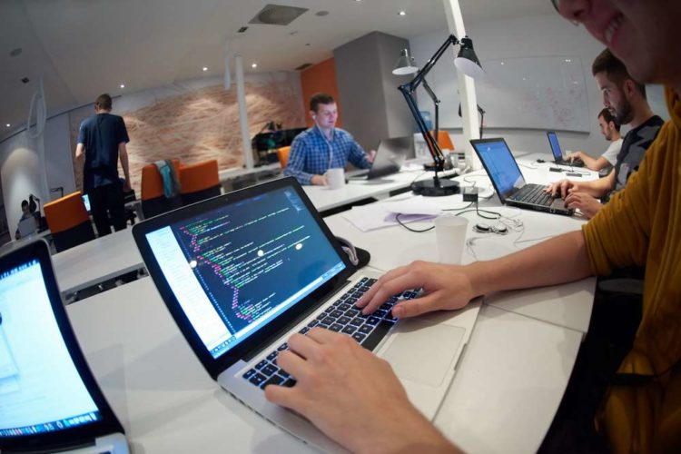 Why Big Businesses are Moving their AI Teams to Coworking