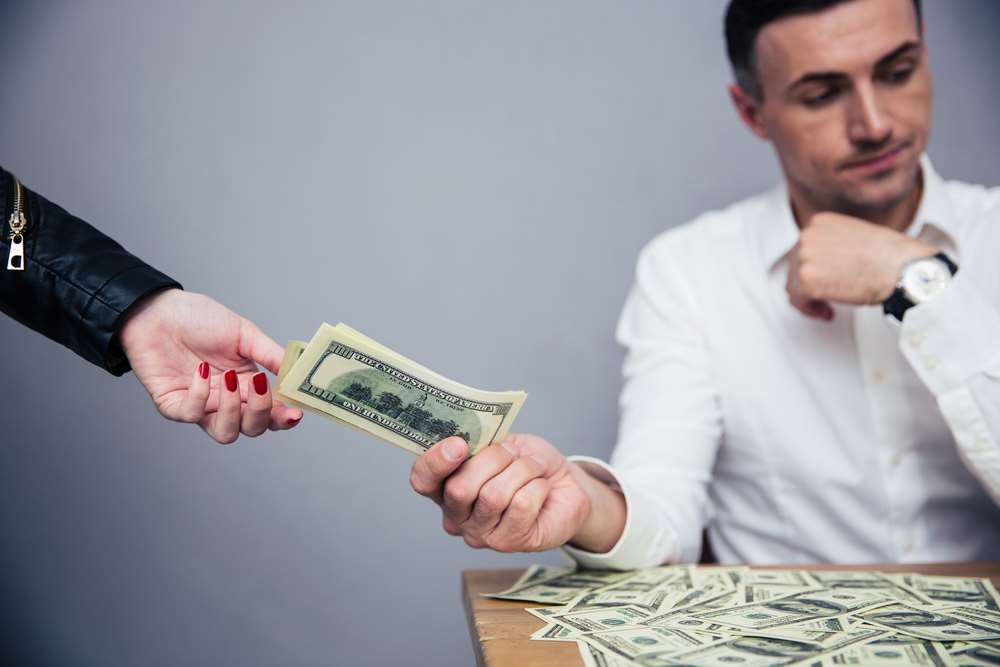 Important Things to Consider Before Taking out a Bridging Loan 3
