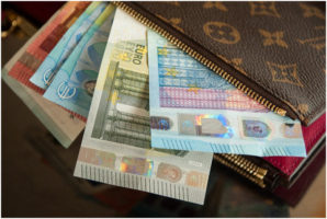 5 travel money tips to help you get the best deals