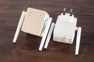 How do WIFI extenders work