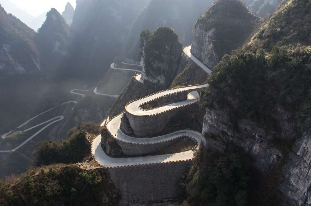 Volkswagen heads to Tianmen Mountain to test the limits of e-mobility