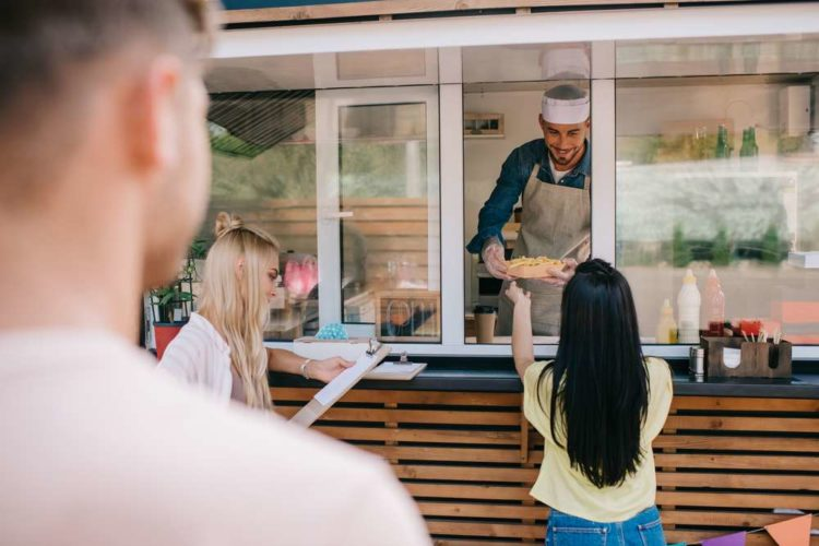 Lucrative Fast Food Jobs to Fund Your College Expenses