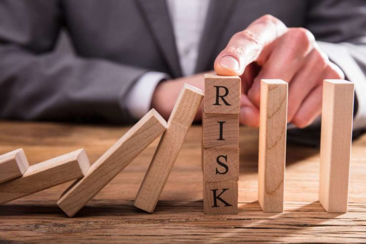 Reducing Legal Entity Identifier management risk in banking
