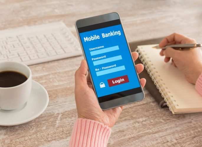 How Can Banks Address the Mobile Banking Outage Trend in 2020?