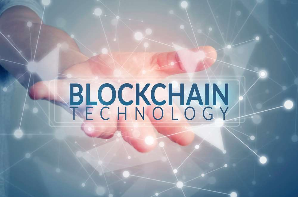 How blockchain technology can help us to fight against COVID-19