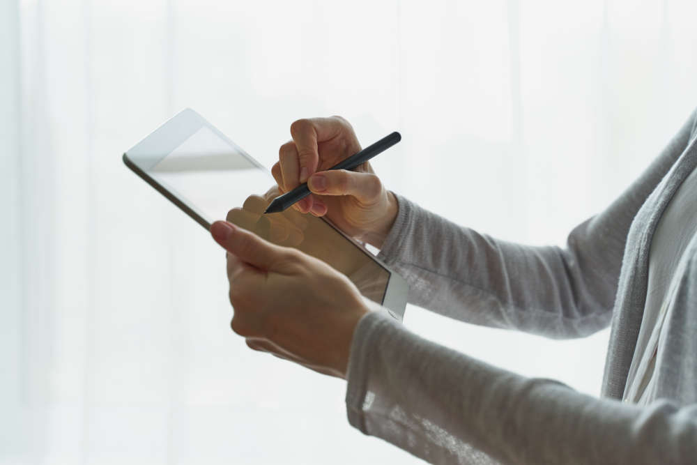 COVID-19 puts spotlight on e-signatures: 20 years in the making 1
