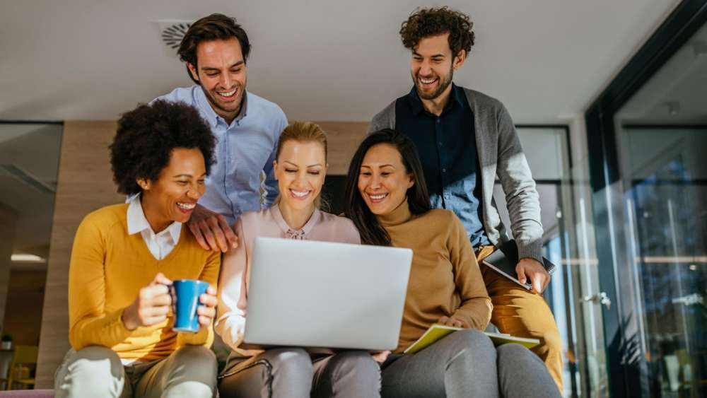 Work Friends Makes Us More Productive According to Research 1