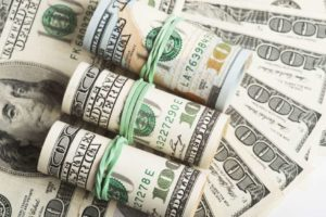 Does the pandemic prove that the dollar is always king of the currencies? 14