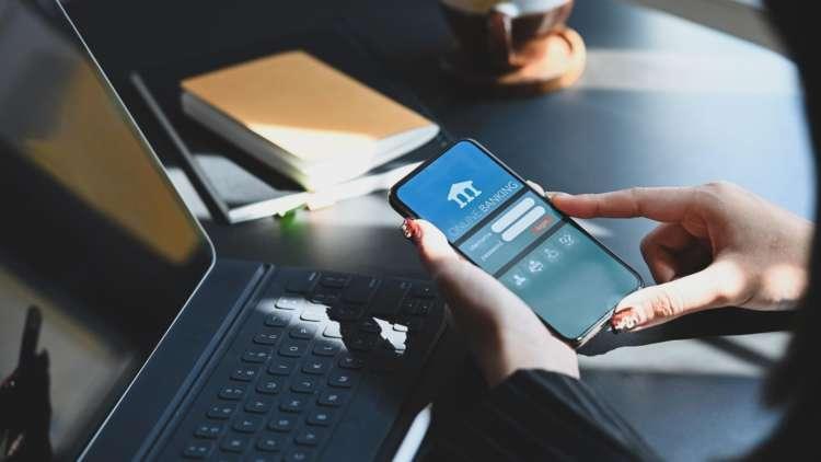 Rebuilding Trust in Digital Banking 1