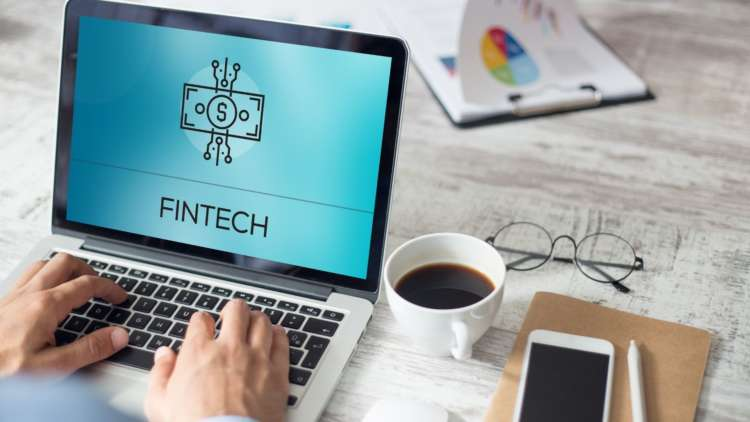 "Islamic banks ""vital in accelerating UK fintech transformation"" according to expert 1"